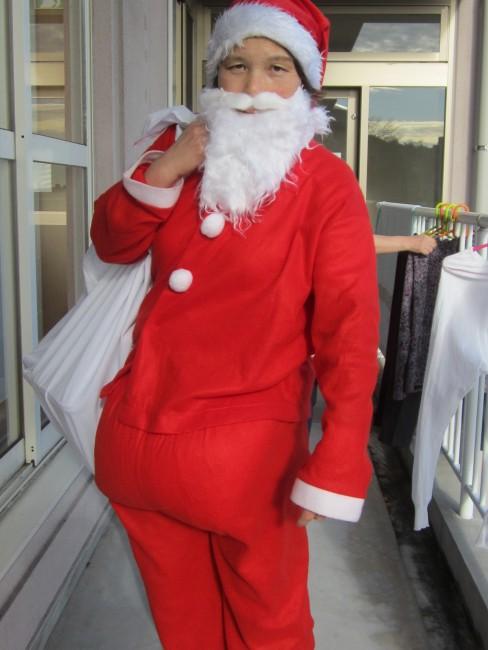 なんだか男前な女サンタです